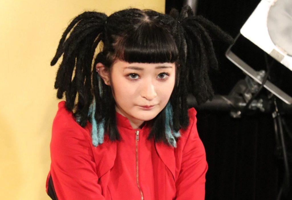 リンリンは本当に無口なのか?シャウトな歌声と髪型の変化がかわいい! | エンタ専科