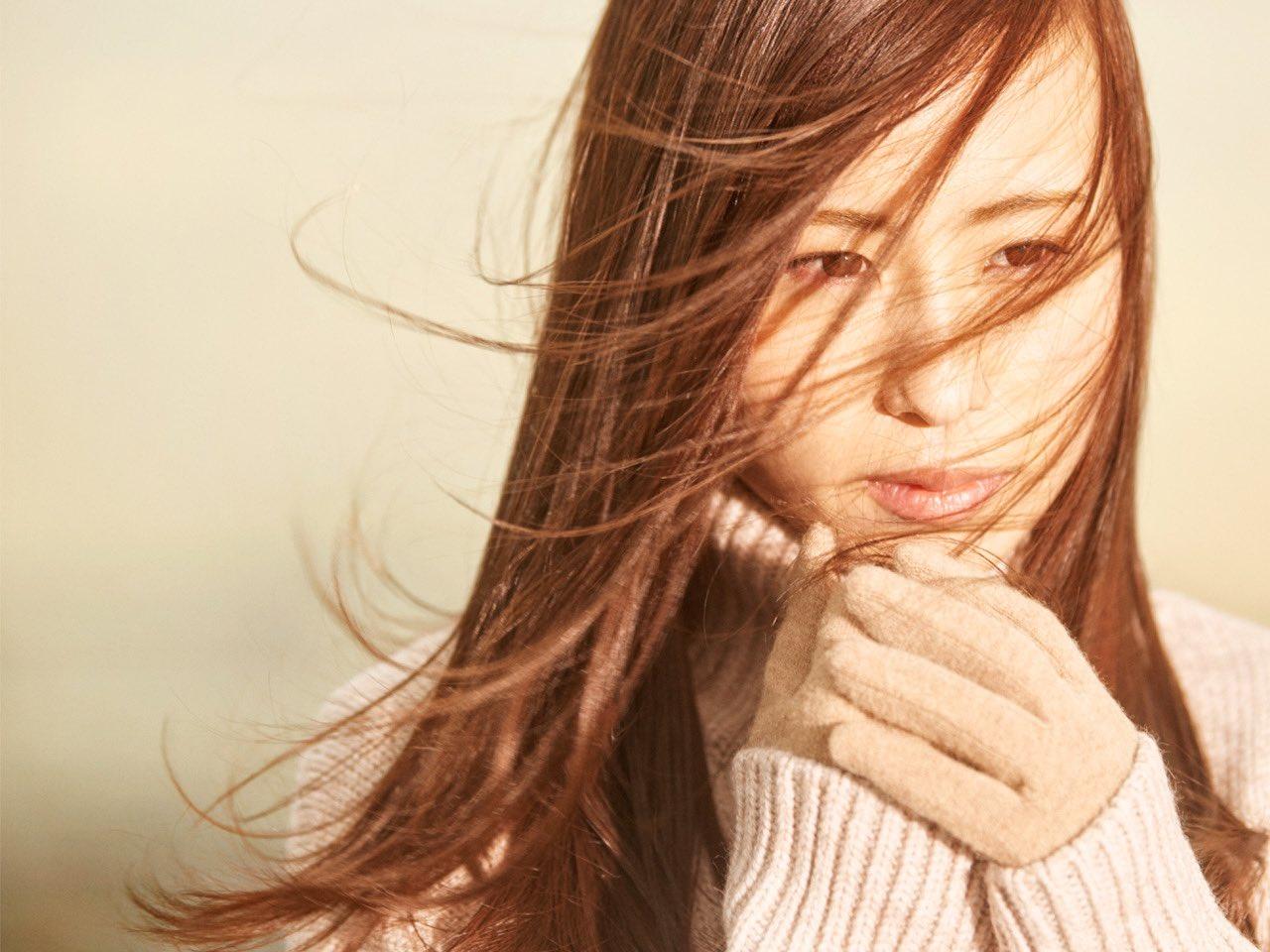 Uruの年齢は何歳・本名は?素顔がかわいい美人と話題!歌手の経歴も紹介!